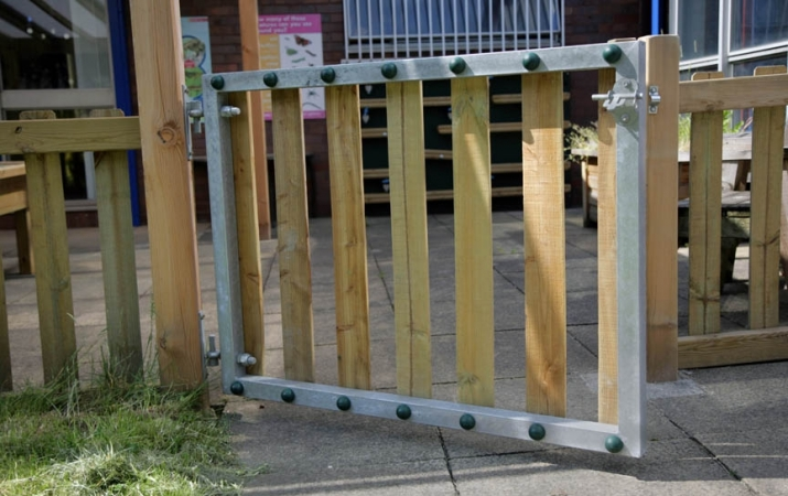 FS005 - Timber Gate (1.2m Opening) 2