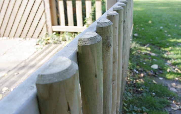 FS001 - Timber Fencing 1m (h) 1