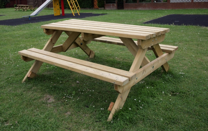 SP001 - 6 Seater Picnic Bench 1