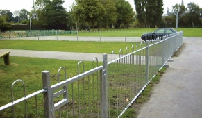 FS048 - Bow Top Fencing 1m (h) 2