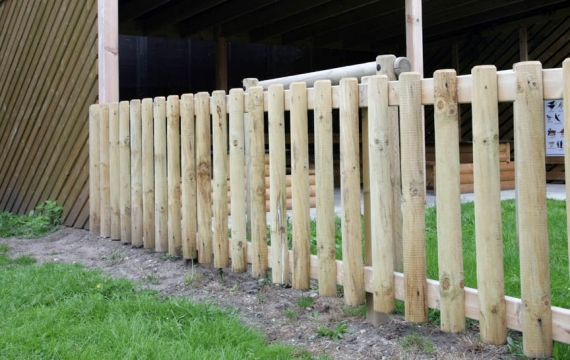 FS001 - Timber Fencing 1m (h) 3